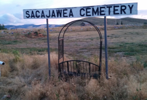 Sacajawea Cemetery Sign